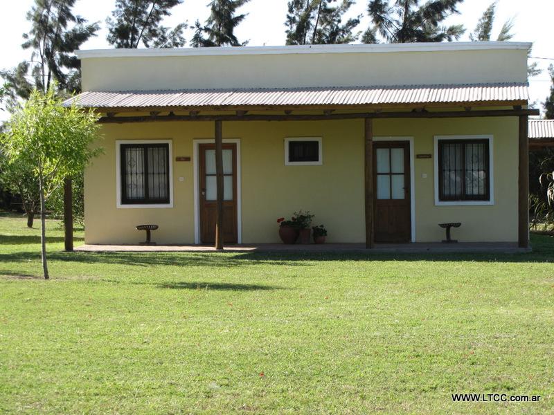 La trinidad casa de campo galer a de im genes for Dibujos en techos de casas